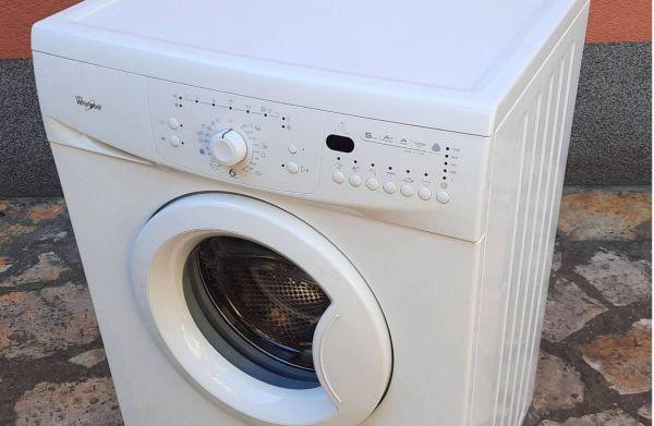 Whirlpool elöltöltős mosógép alkatrész